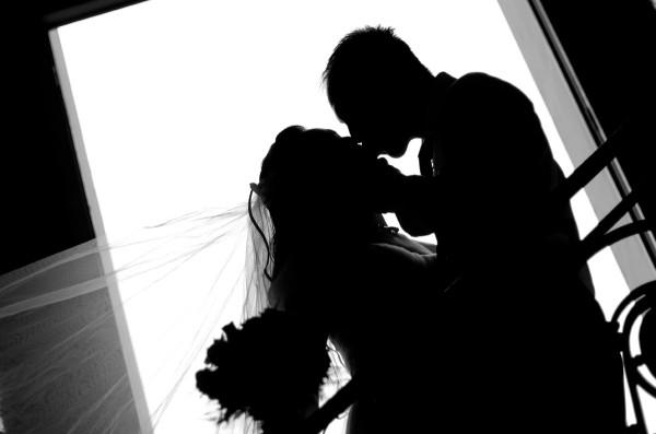 結婚の思い出に!結婚証明書の種類と選び方、9つのポイント