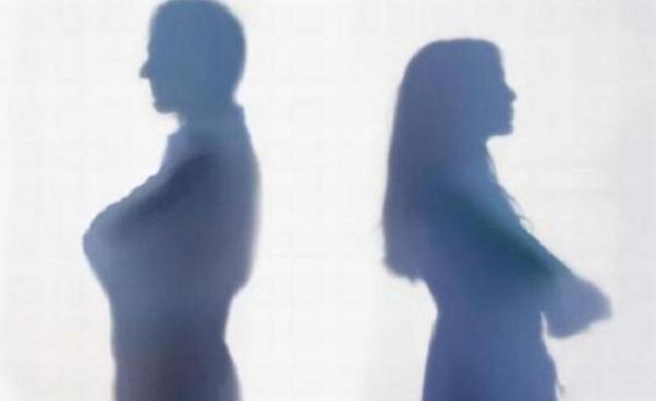 『離婚の原因まとめ』芸能人夫婦が別れる7つの理由