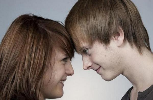 付き合うまでのデートで、彼の心をぐっと掴む7つの方法