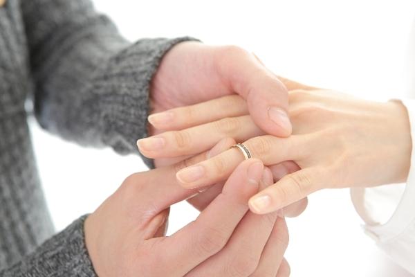 遠距離恋愛から結婚☆彼にプロポーズさせる7つの方法