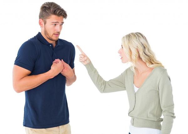 新婚から数年で離婚した理由とは?夫の興ざめした7つの癖