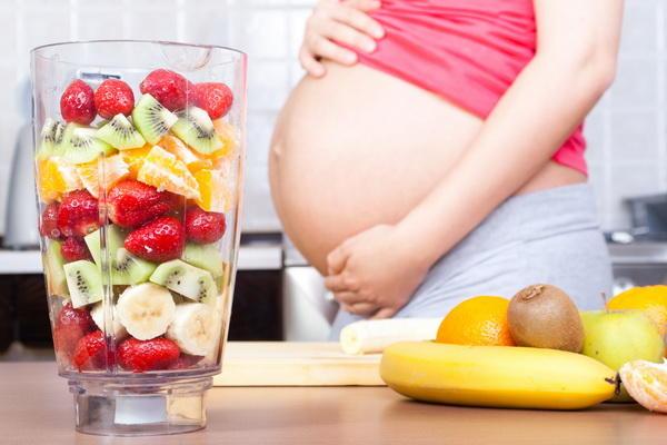 高齢出産と呼ばれる年齢なら注意すべき妊娠中の過ごし方