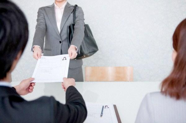 既卒でも就職活動で不利にならない履歴書・面接のコツ
