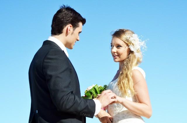 遠距離恋愛を乗り越えて結婚したカップルに共通する特徴