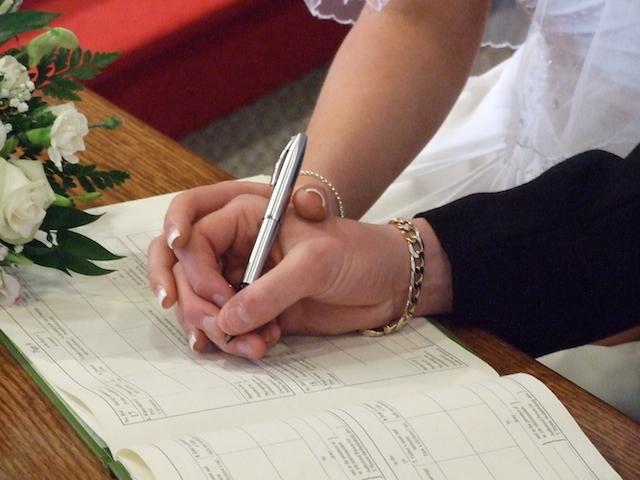 夫婦別姓を考えている人必見!メリット&デメリット7項目